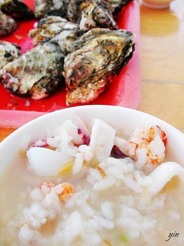 澎湖Penghu-新鮮現烤蛤蠣和海鮮粥