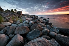 Seascape (Nina_999) Tags: sunset sea sky clouds canon finland rocks shore kirkkonummi eos5d merenranta merimaisema