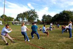 Staff and Faculty Tug-of-war