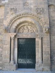 Barcelona - Sant Pau del Camp (Carquinyol) Tags: barcelona catalonia catalunya pasoscatalans