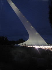 Sundial Bridge at Turtle Bay 9 (tgstewart1) Tags: california bridge sunset northerncalifornia sundial calatrava santiagocalatrava sacramentoriver pedestrianbridge turtlebay reddingca sundialbridge suspensionbridges turtlebaysundialbridge sundialbridgeatturtlebay