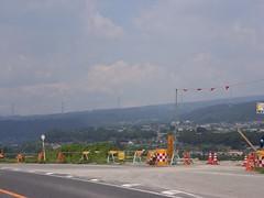 山と高圧電線