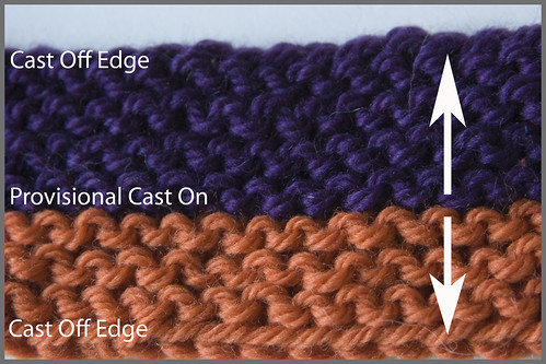 Bidirectional garter stitch sample. You can knit it both directions and the seam is invisible. Two colors are used in this sample so you can tell that I knit in two directions.
