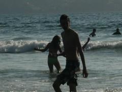 ...tuvo frio... (anamd1288) Tags: playa verano mio ber