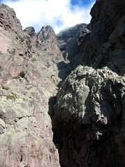 Le couloir du Trou du Tafonatu et sa grotte