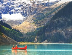 Canoes at Lake Louise (Jay Perry) Tags: travel canada nature landscape hiking alberta rockymountains lakelouise banffnationalpark
