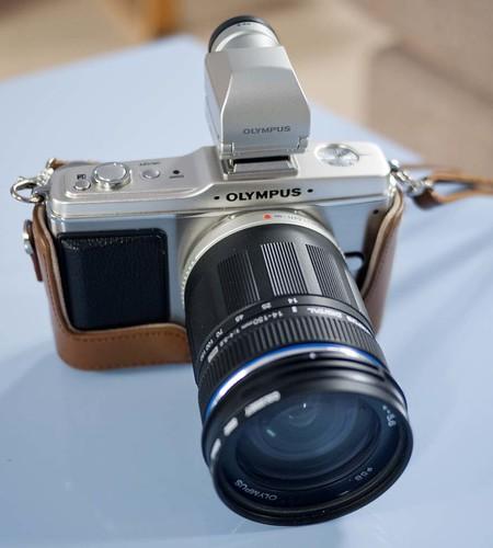 Olympus E-P2 14-150mm f/4.0-5.6 ED