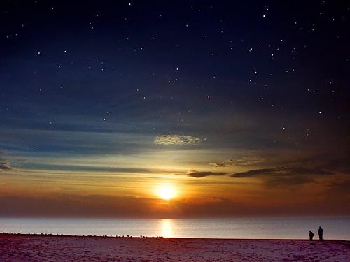 フリー画像| 自然風景| 空の風景| 夕日/夕焼け/夕暮れ| ビーチ/海辺|       フリー素材|