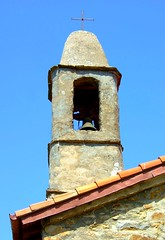 Church in Bajardo (Gui Stafford) Tags: old italy tower church ancient bell liguria baiardo bajardo