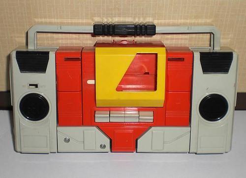"Transformers - ""Microchange"" Blaster"