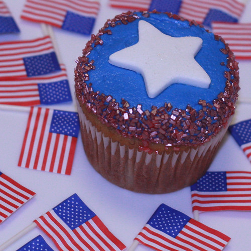 fourth of july cakes or cupcakes. and 4th of July Cupcakes