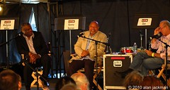 Downbeat Blindfold with Kenny Barron, Mulgrew Miller, and Dan Oueliette, Talk Tent, 2010 Detroit International Jazz Festival (jackman on jazz) Tags: piano mulgrewmiller kennybarron detroitjazzfestival detroitinternationaljazzfestival danouellette jackmanonjazz alanjackman