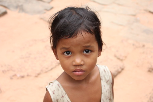 Cambodia: Faces of the Cambodian Children @ Song About Jen