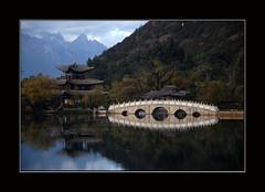 Echo of Black dragon lake (Robert Lio) Tags: china water peace echo scenary yunnan reflextion lyjiang