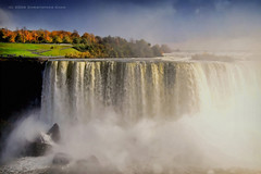 Horseshoe Falls (#90) (Christopher Chan) Tags: travel usa ontario canada america canon niagarafalls northamerica slideshow 1785mm horseshoefalls 30d supershot i500 naturewatcher