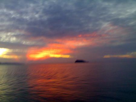 sunrise-boat