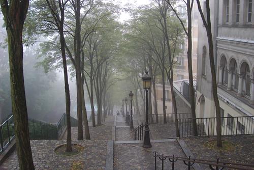 Butte Montmartre dans le brume-15
