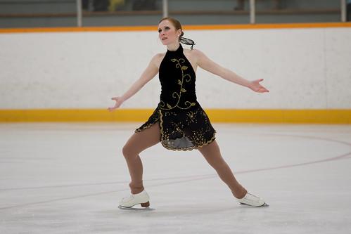 Waterloo Varsity Figure Skating 10-11 Queens