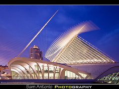 "Milwaukee Art Museum ""Flying"" at Dusk (Sam Antonio Photography) Tags: blue art museum wisconsin flying wings aperture dusk culture lakemichigan spanish calatrava milwaukeeartmuseum milwaukee slowshutter mam santiagocalatrava windhoverhall flickrexplore artculture milwaukeemuseum mywinners whattodoinmilwaukee bluehourphoto oneobject365daysproject wisconsinattractions wisconsinphotography milwaukeenightlife samantonio quartasunset wwwsamantoniophotographycom milwaukeeattractionstophotograph samantoniophotographycom photographingwiththecanon5dmkii burkebrisesoleilviewing whattodoseeinmilwaukee milwaukeedusk milwaukeebestattractions wisconsindestination photographingarchitecture bestartmuseuminamerica"