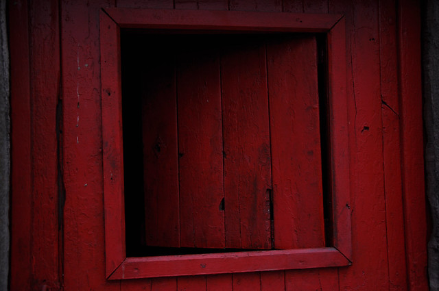 reddoorwithopening