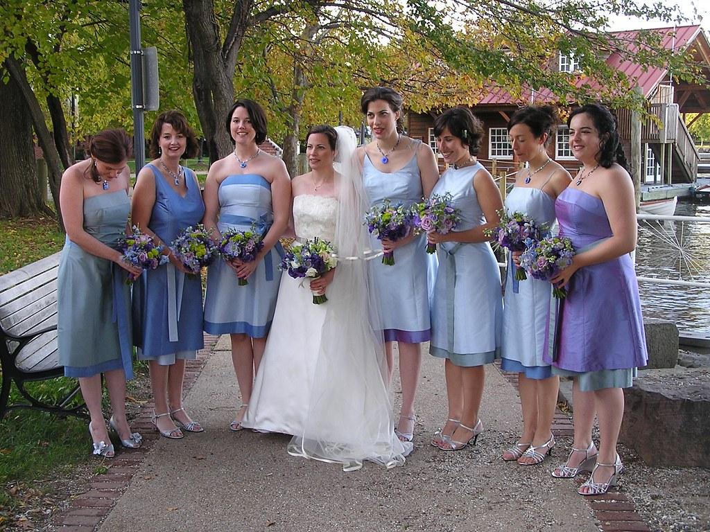 Hot Beautiful Hairstyles: Simple And Beautiful Bridesmaids