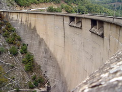 Dam at Lake Plastira -    -   (Zopidis Lefteris) Tags: lake dam sony hellas greece allrightsreserved ellas ellada sonydsc717 artificiallake lefteris  eleftherios  plastira     fragma zop      zopidis zopidislefteris lakeplastira        artificiallakeplastira tavropou      tayropoy tayropou tavropoy    megdovasriver leyteris        photographerczopidislefteris c heliographygroup heliographygroupmember photographerzopidislefteris  photographerzopidislefterisc c  allphotosarecopyrightedbyzopidislefteris  copyright