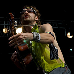 Eugene Htz (Gogol Bordello) (Wen Nag (aliasgrace)) Tags: musician music man male oslo norway wow punk guitar stage performance performer gypsy guitarist 2007 guitarplayer gogolbordello gypsypunk yafestivalen eugenehtz