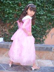 Copy of P1000670 (lauraegm_77) Tags: en pose muy timida