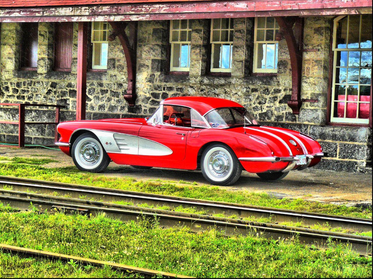 Alfred's 58 Corvette roadster