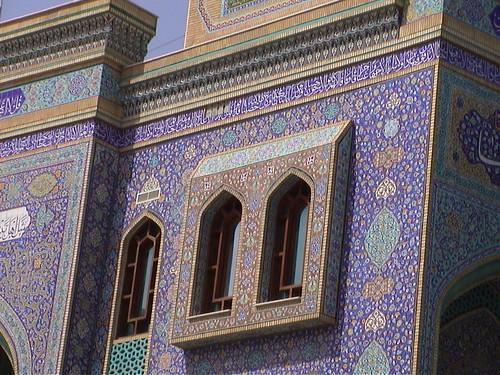 01 Dubai Colorful Mosque z