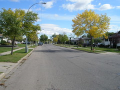 The fall season is also on its way to Alberta (jimbob_malone) Tags: edmonton alberta 2007