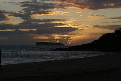 Sunset from the Big Beach in Maui, south of Kehei (hyperial) Tags: sunset maui kehei bigbeach
