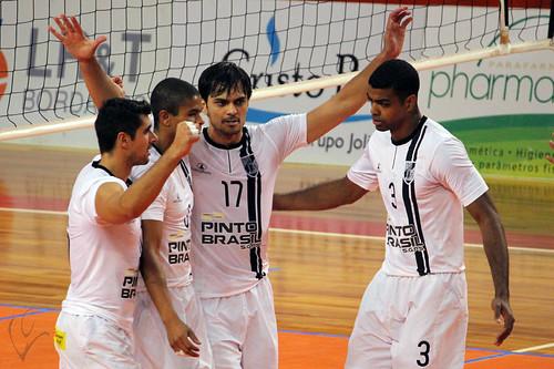 Voleibol: Vitória 3-0 Vilacondense
