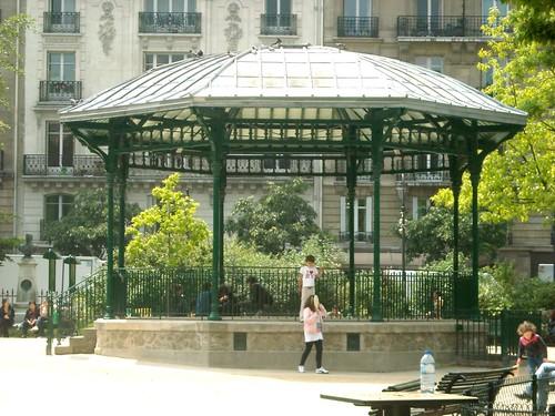 Square du Temple, Paris, França