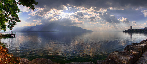 Sunbeams across Lake Geneva