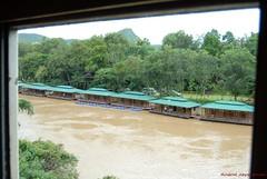 Kanchanaburi_2007-08-11_14-07-49 (crazyabtcameras) Tags: river kanchanaburi kwai