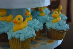 ducky cupcakes