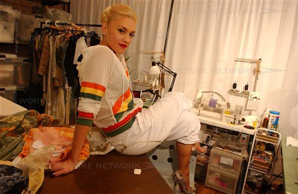 Gwen Stefani by MAPEXPRO
