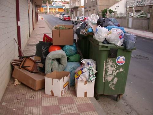 baiona lixo