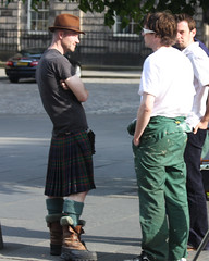 Highlander in Edinburgh (plaintruthiness) Tags: uk man hot male guy scotland edinburgh kilt boots hunk hottie canoneosrebelxsi