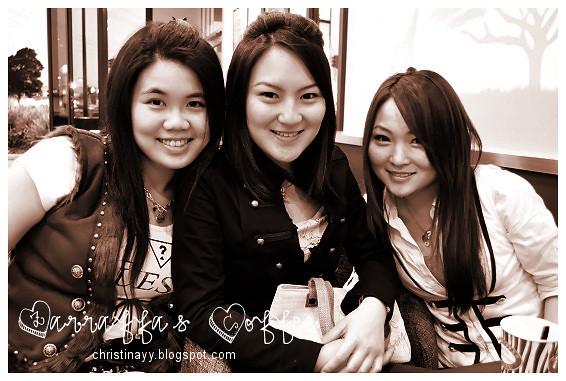 Zarraffa's Coffee: Girls Groupie 1