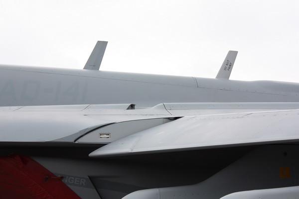 EAA10_EA-18G_15