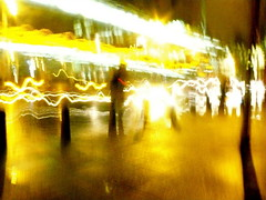 amiens street (tartalom) Tags: dublin bus rain night busstop bollards tartalom amiensstreet christophersweeney