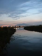 58.觀音山夕陽的倒影