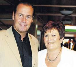 Huub Stevens with Wife Toos