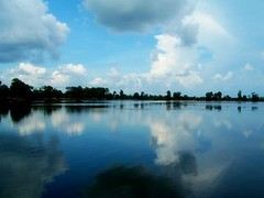 Lake, Siem Reap (kristineinindonesia) Tags: travel temple asia cambodia southeastasia religion culture angkor wat lpsky