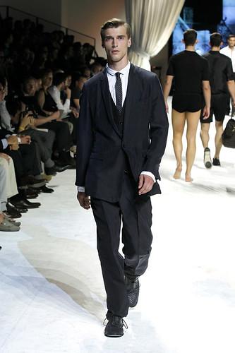 SS11_Milan_Dolce&Gabbana0005_Clement Chabernaud(Official)