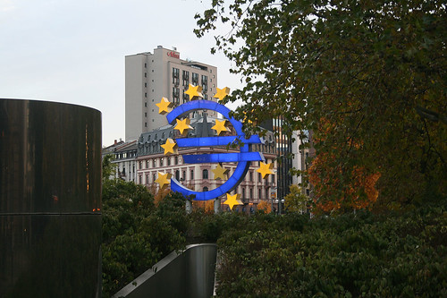 Euro-Denkmal - Oper