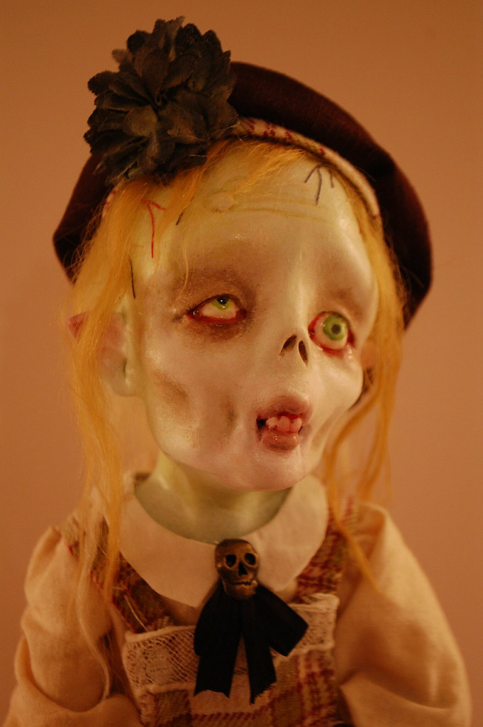 Celeste Moreau, la petite zombie...