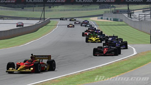 Yang Ou leads the field into turn 1